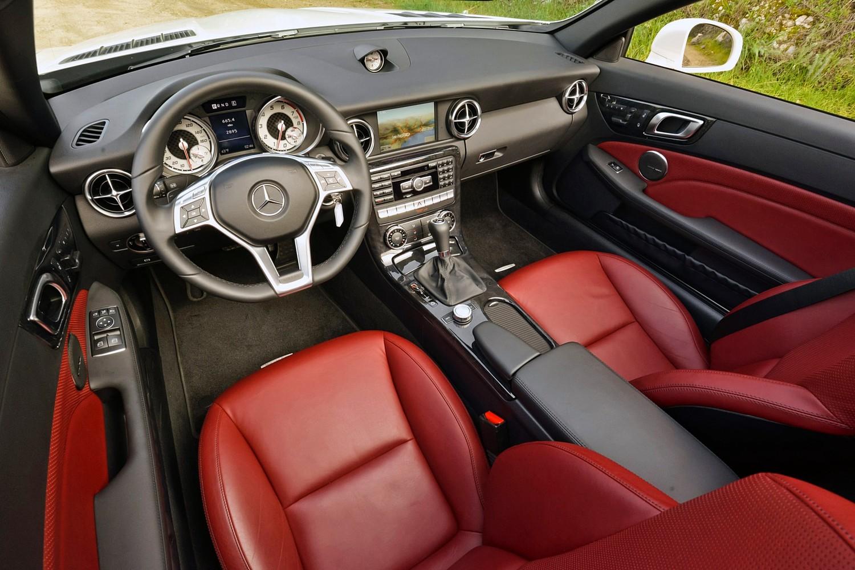 2016 Mercedes-Benz SLK-Class SLK300 Convertible Interior