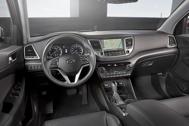 2016 Hyundai Tucson Limited 4dr SUV Dashboard