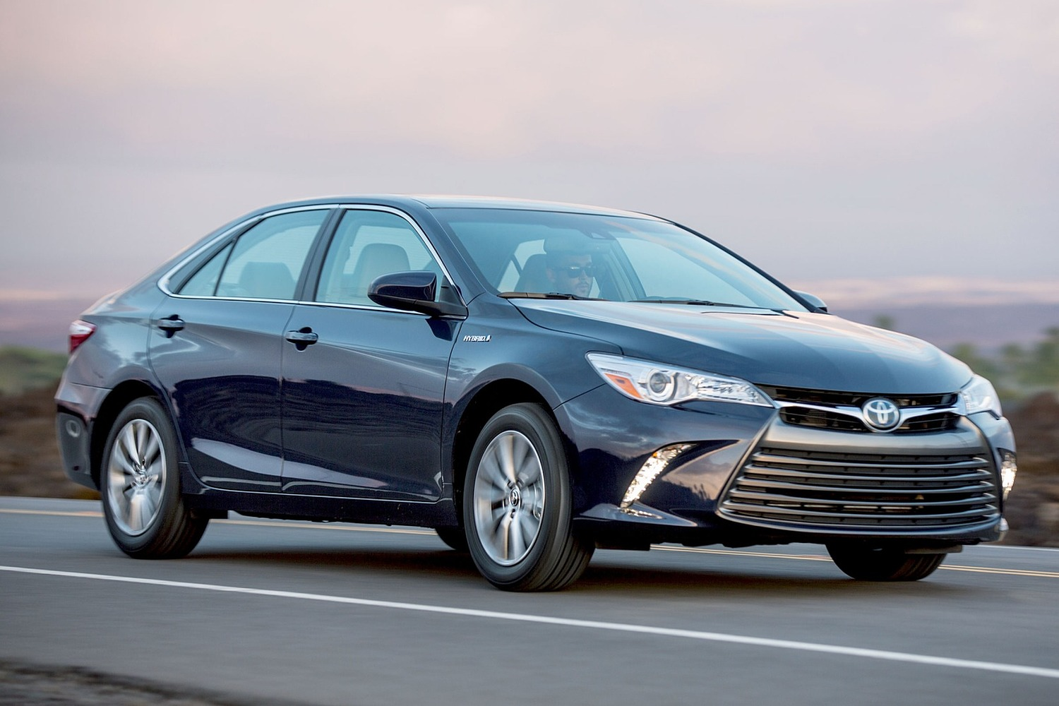 2016 Toyota Camry Hybrid Xle Sedan Exterior Shown
