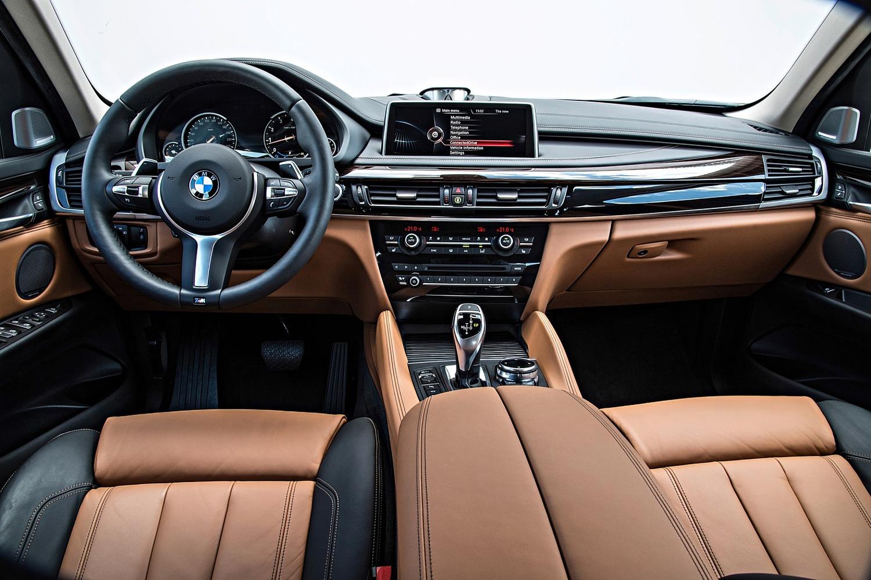 2016 BMW X6 xDrive50i 4dr SUV Dashboard Shown