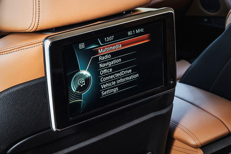 2016 BMW X6 xDrive50i 4dr SUV Interior Detail