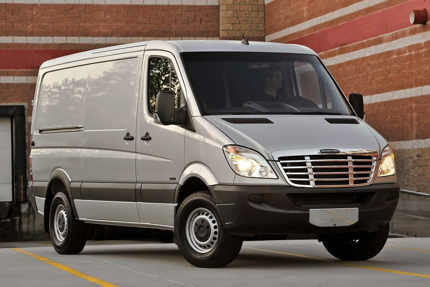 2016 Mercedes-Benz Sprinter 2500 144 WB Cargo Cargo Van Exterior