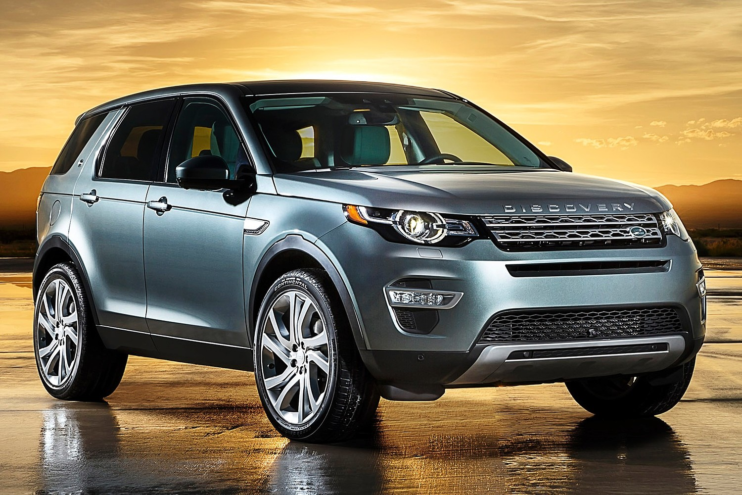 2016 Land Rover Discovery Sport HSE LUX 4dr SUV Exterior Shown