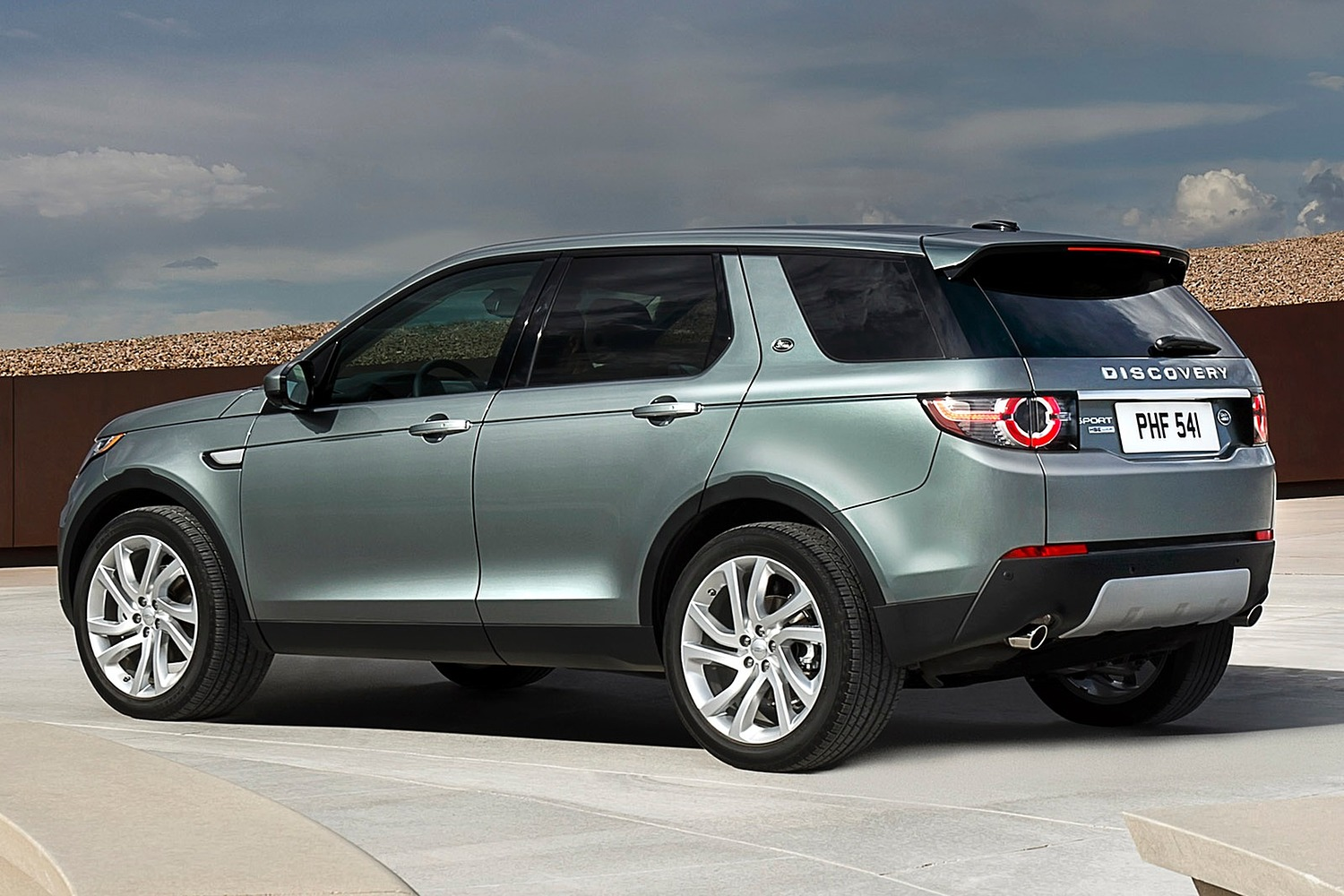 2016 Land Rover Discovery Sport HSE LUX 4dr SUV Exterior