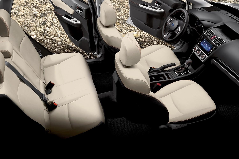 Subaru Crosstrek 2.0i Limited PZEV 4dr SUV Interior (2016 model year shown)