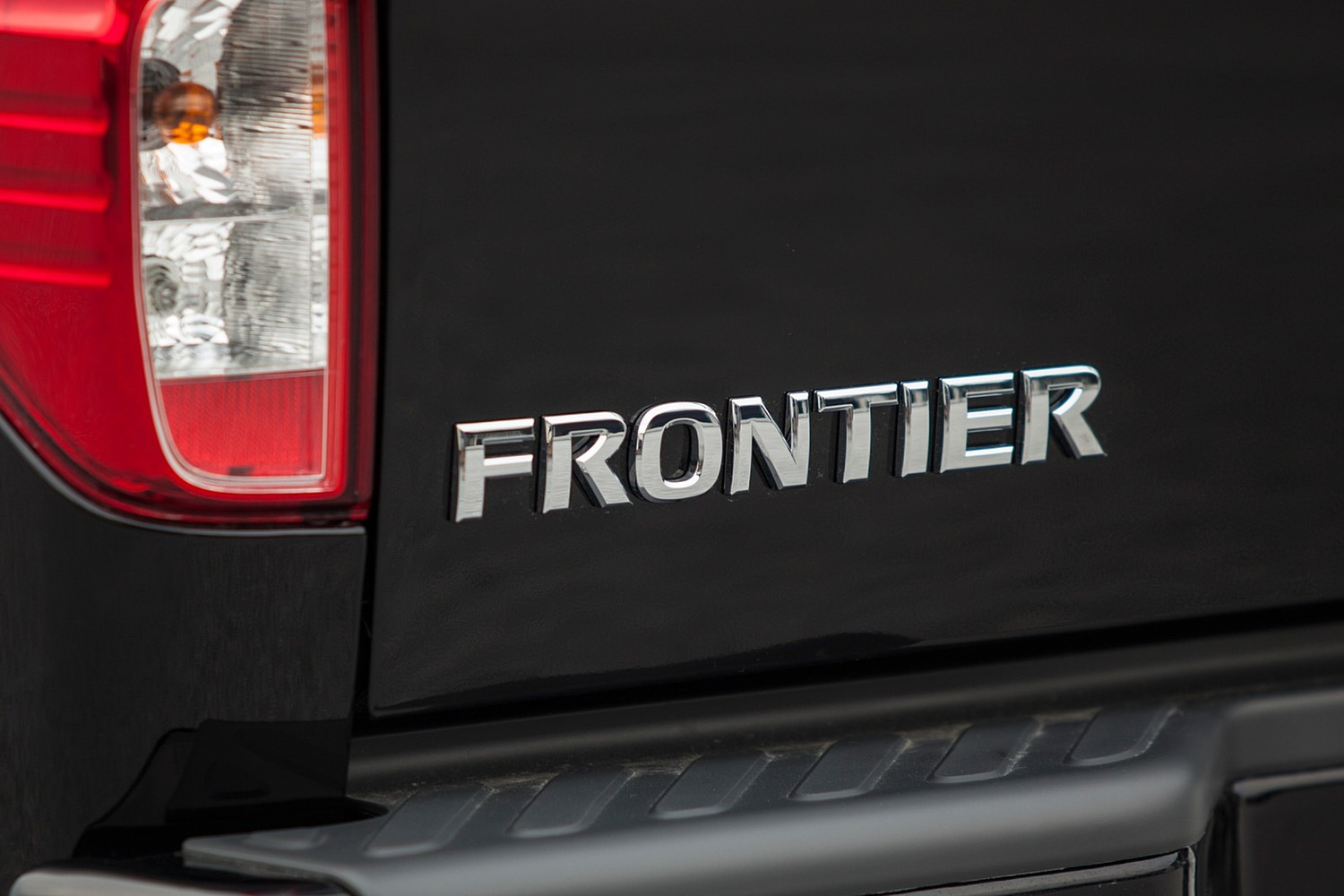 2016 Nissan Frontier PRO-4X Crew Cab Pickup Rear Badge