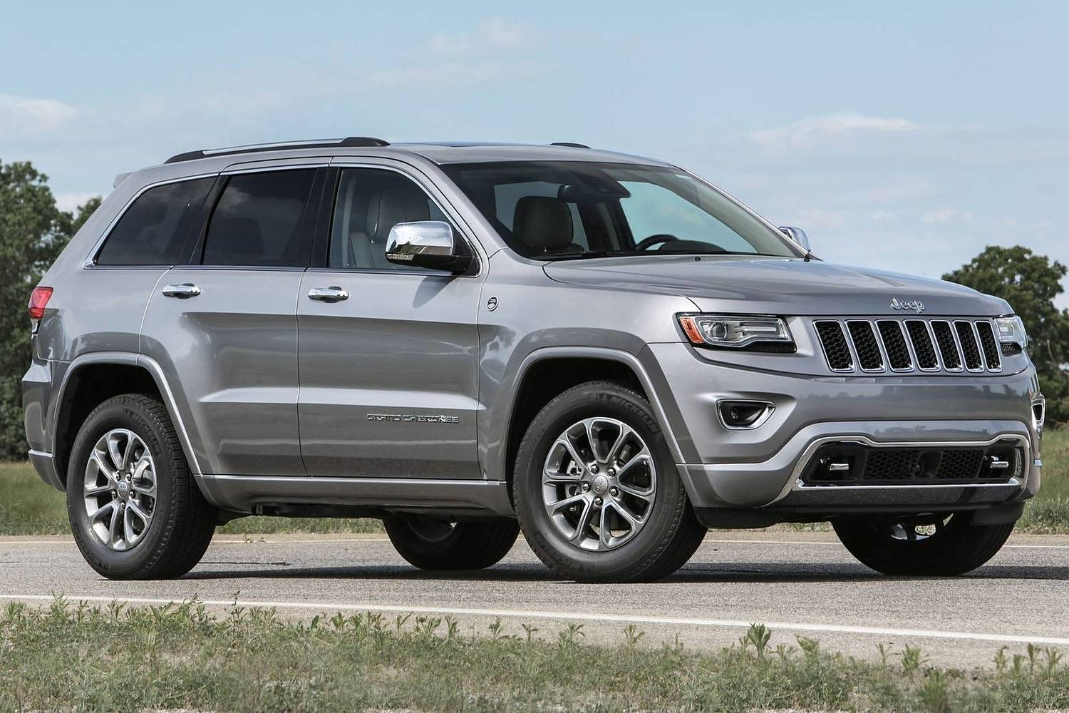 2016 Jeep Grand Cherokee Overland 4dr SUV Exterior