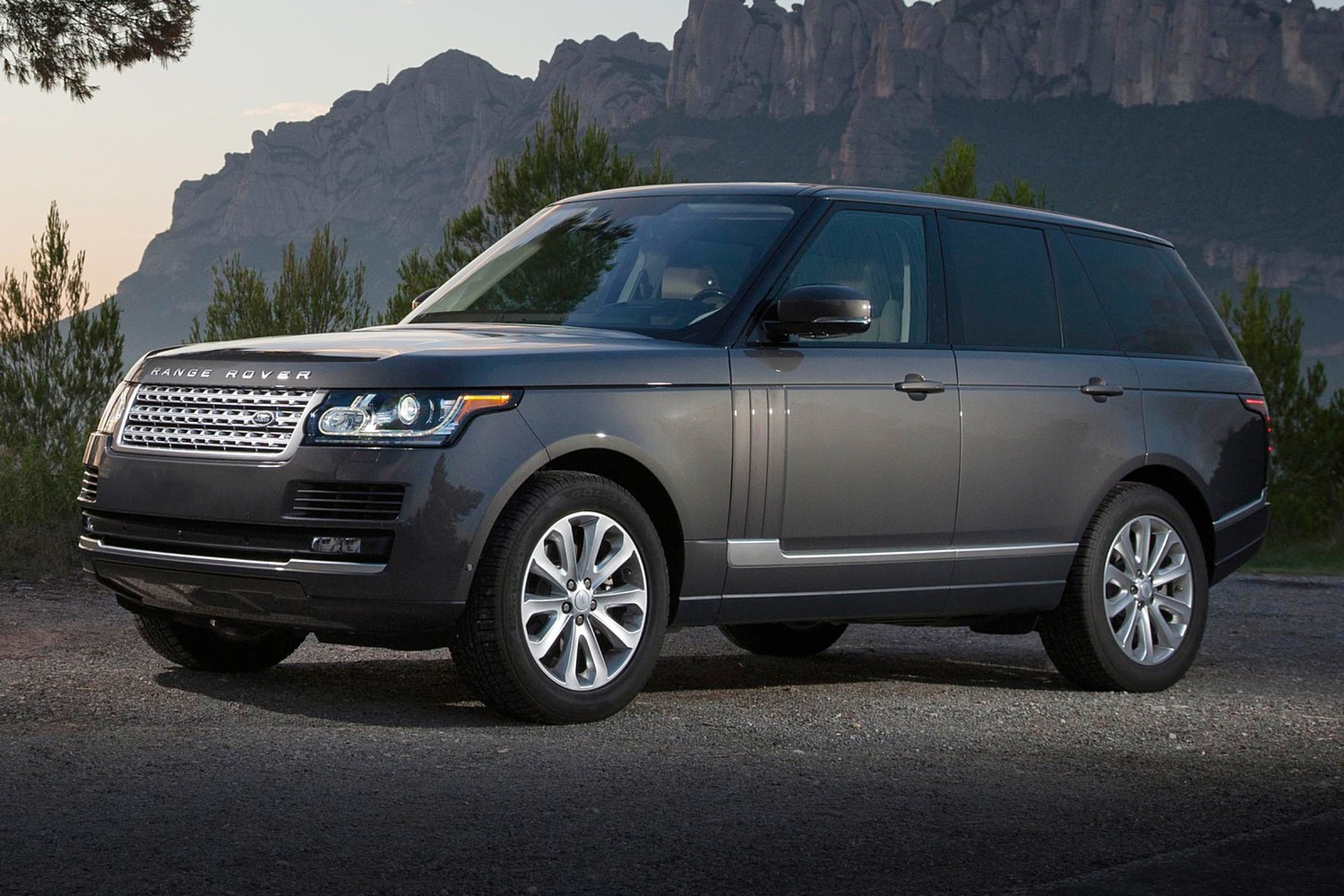 2016 land rover range rover suv diesel vehie. Black Bedroom Furniture Sets. Home Design Ideas