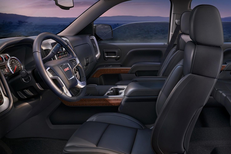 2016 GMC Sierra 1500 SLT Crew Cab Pickup Interior Shown