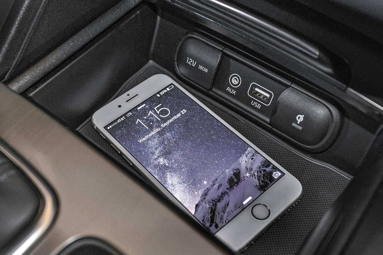 2016 Kia Optima SXL Turbo Sedan Interior Detail