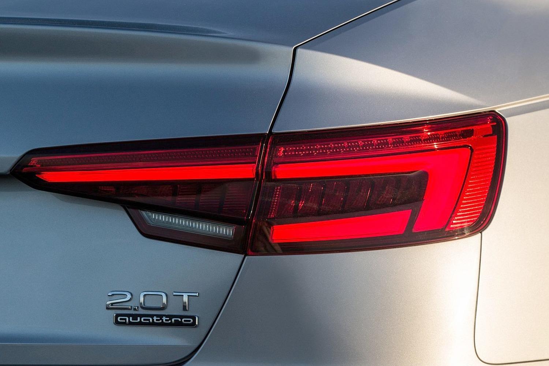 2017 Audi A4 2.0 TFSI Prestige quattro Sedan Exterior Detail
