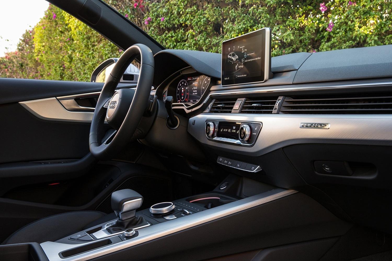 2017 Audi A4 2.0 TFSI Prestige quattro Sedan Interior