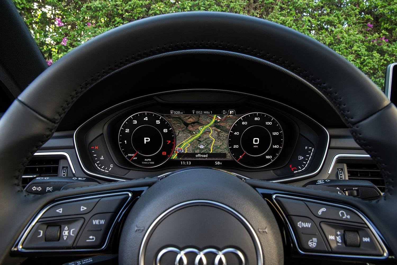 2017 Audi A4 2.0 TFSI Prestige quattro Sedan Gauge Cluster