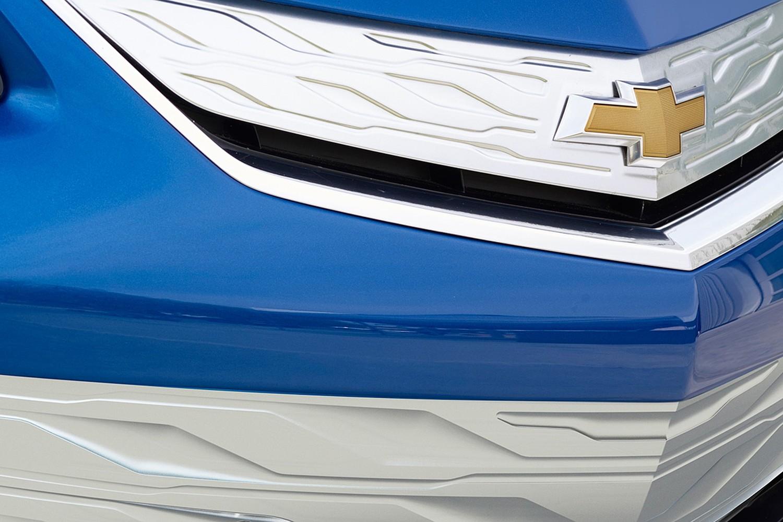 2017 Chevrolet Volt Premier 4dr Hatchback Front Badge