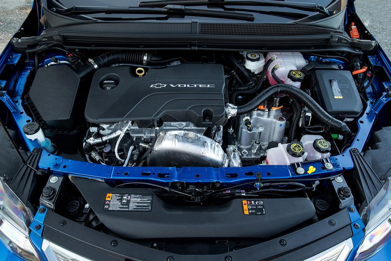 2017 Chevrolet Volt Premier 4dr Hatchback Gas/Electric Engine