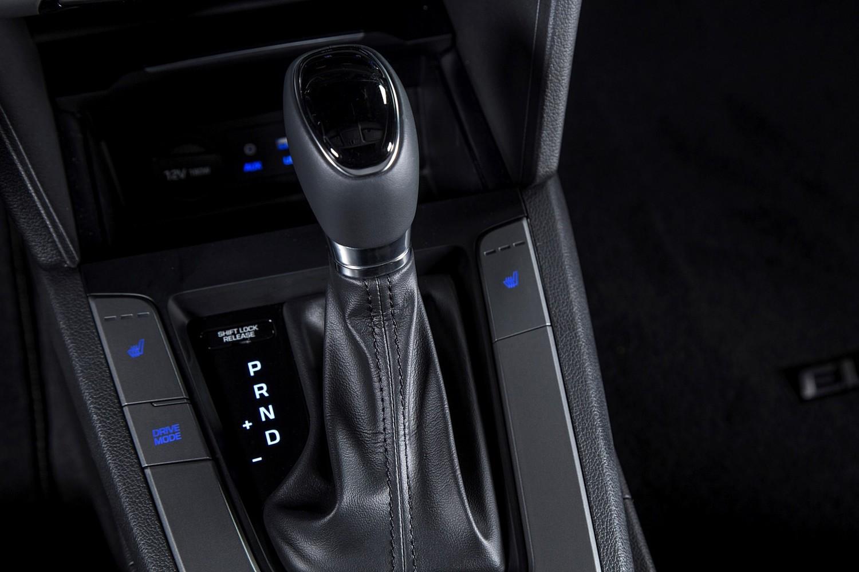 2017 Hyundai Elantra Limited Sedan Shifter