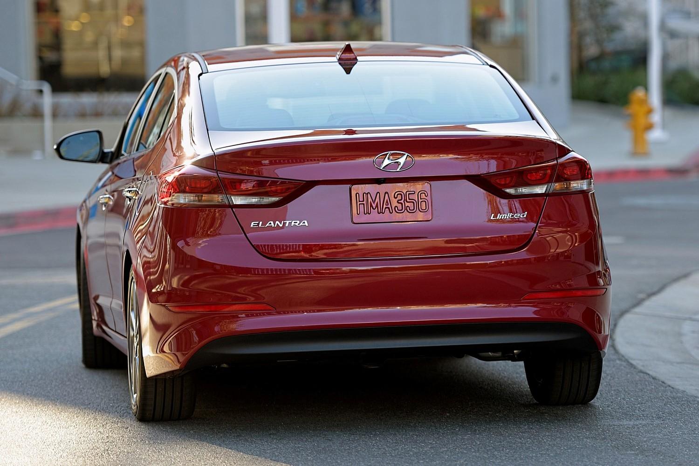 2017 Hyundai Elantra Limited Sedan Exterior