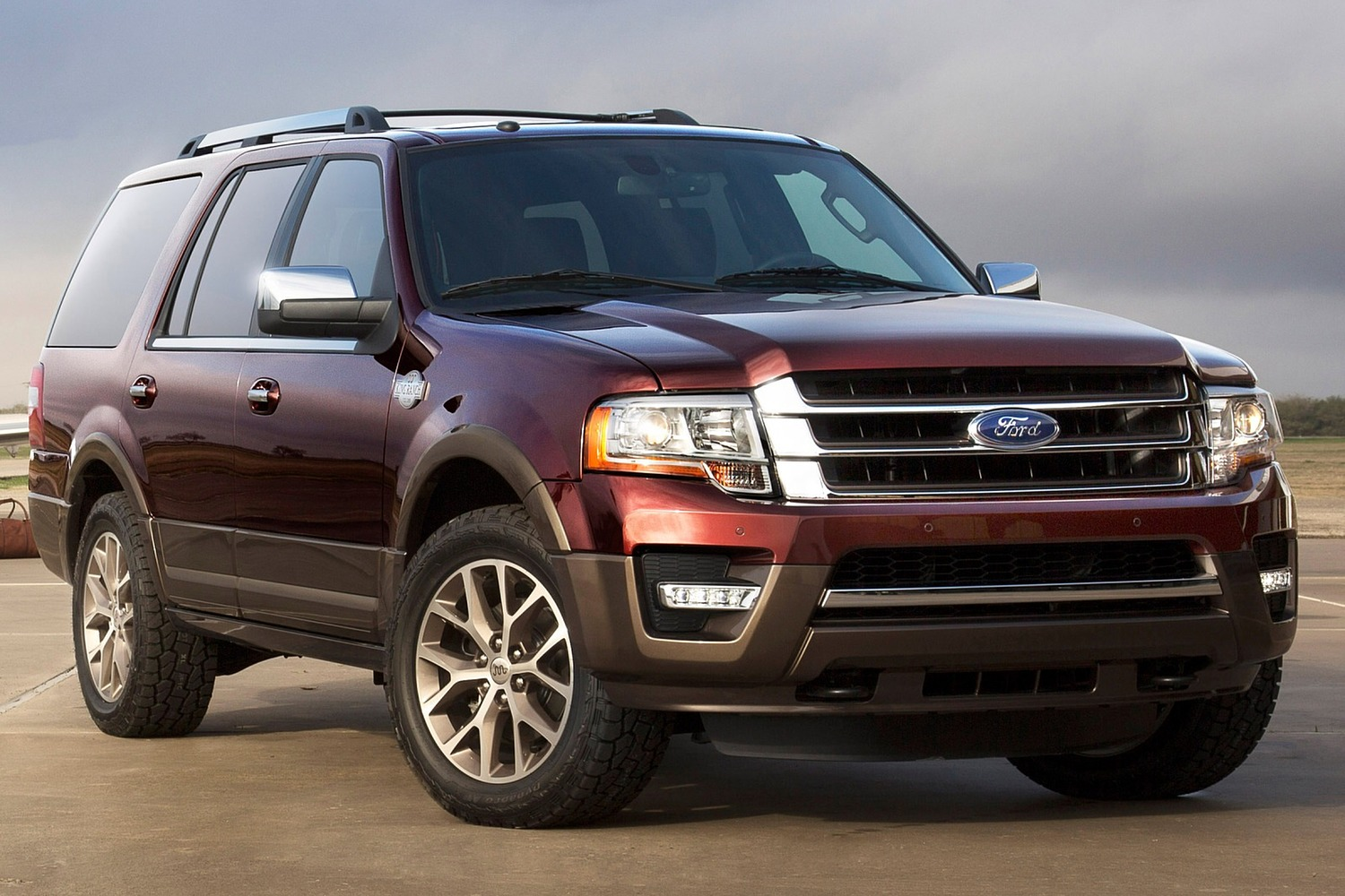2017 Ford Expedition King Ranch 4dr SUV Exterior Shown