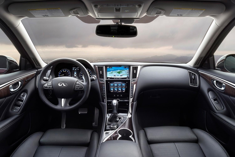 Infiniti Q50 Red Sport 400 Sedan Dashboard (2016 model year shown)