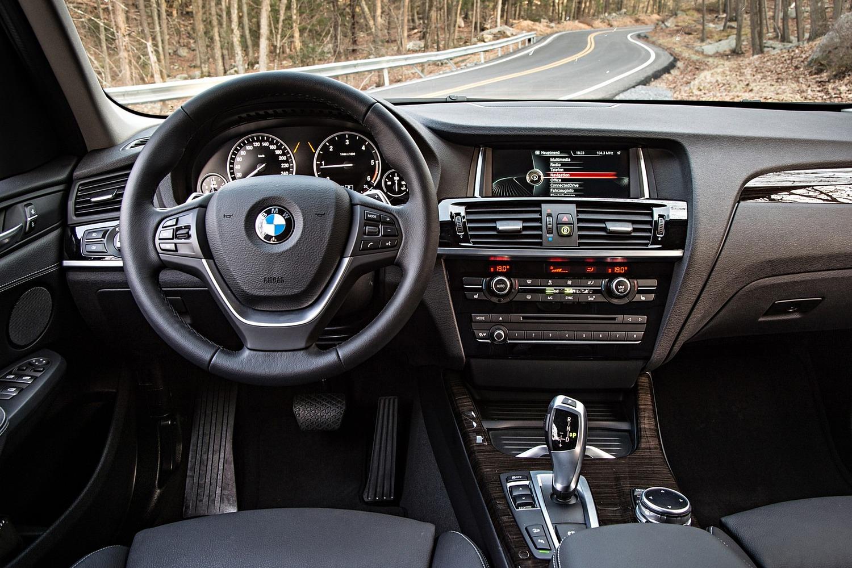 2017 BMW X3 xDrive28d 4dr SUV Steering Wheel Detail