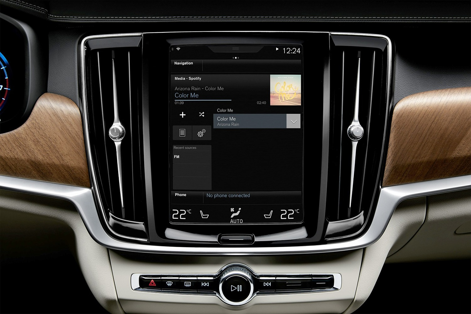 2018 Volvo V90 Wagon Center Console. Target Launch Spring 2017.