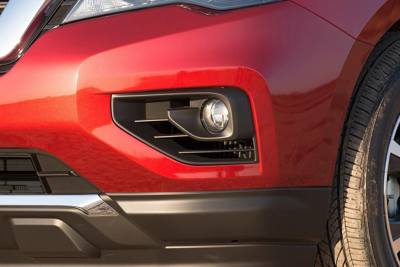 Nissan Pathfinder Platinum 4dr SUV Fog Light (2017 model year shown)