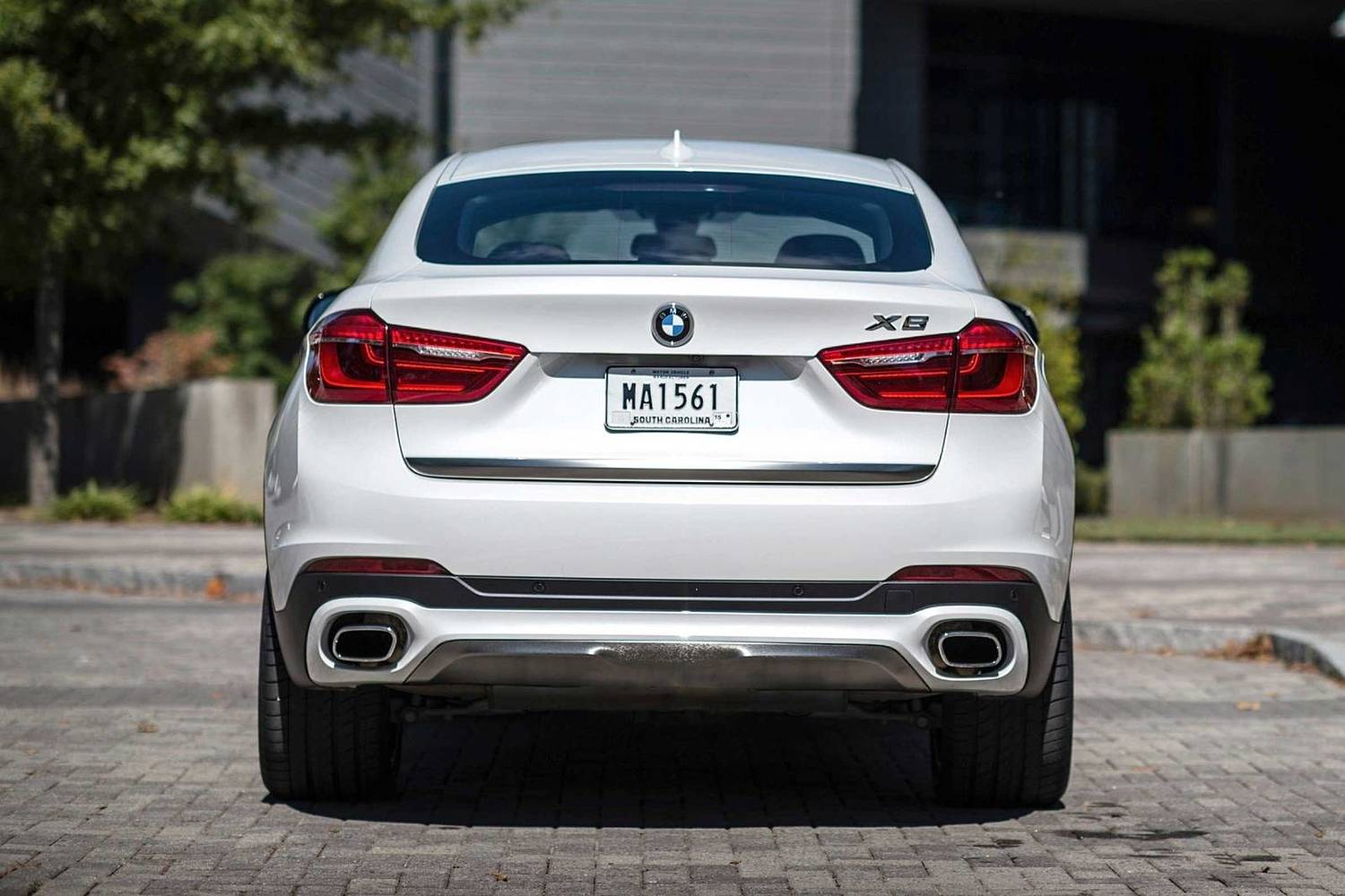 BMW X6 xDrive50i 4dr SUV Exterior (2017 model year shown)