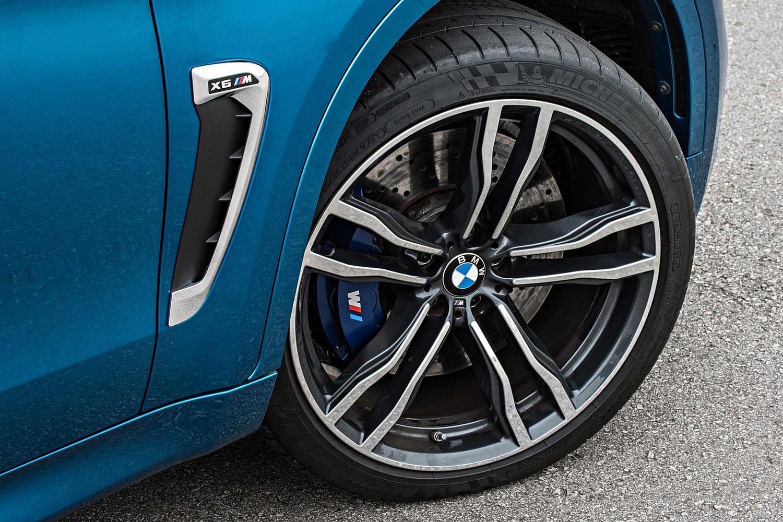 2017 BMW X6 M 4dr SUV Wheel