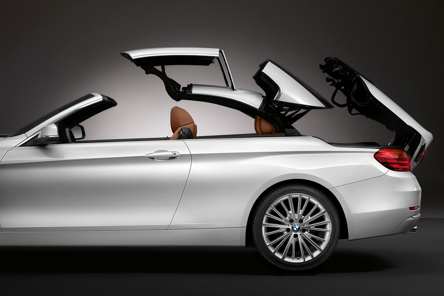 2017 BMW 4 Series 430i SULEV Convertible Exterior Detail. Luxury Line Package Shown.