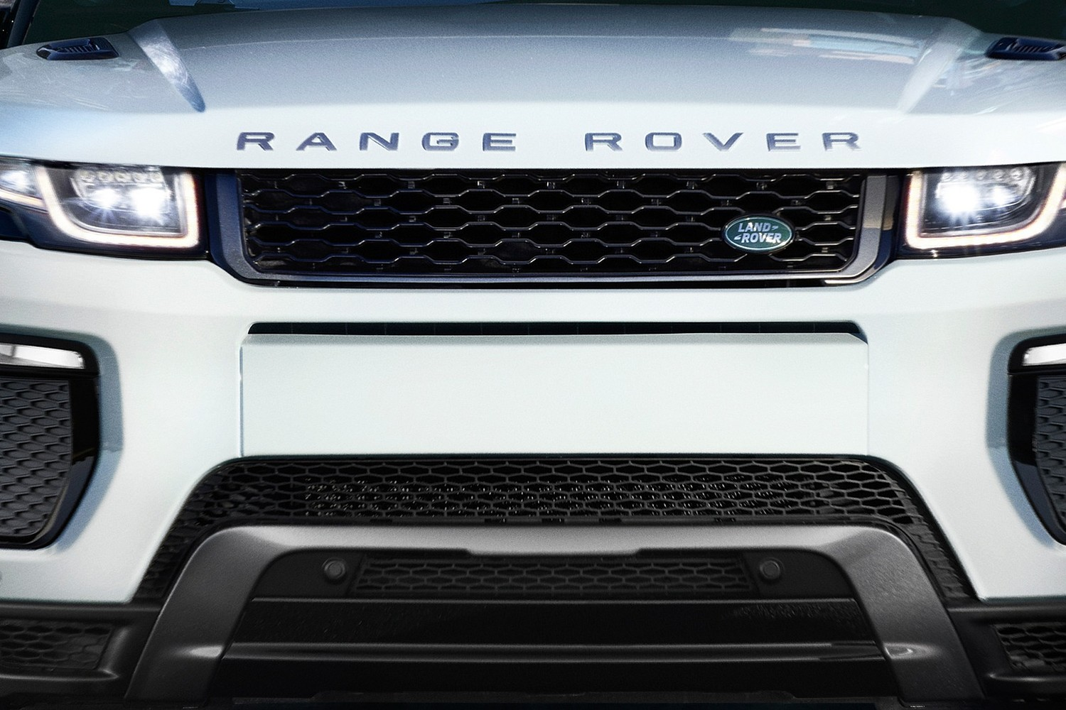 2017 Land Rover Range Rover Evoque Shown HSE Dynamic Front Badge