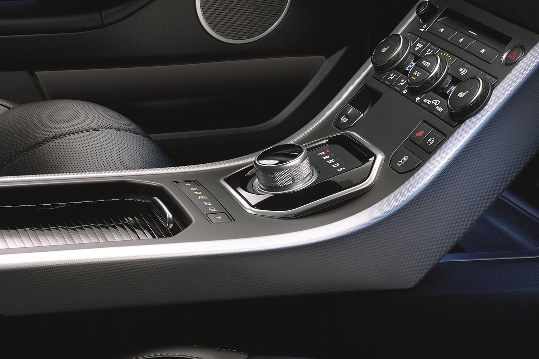 2017 Land Rover Range Rover Evoque Shown HSE Dynamic Shifter