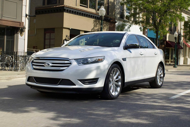 2017 ford taurus limited sedan exterior