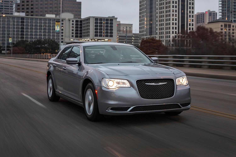 2017 Chrysler 300 Limited Sedan Exterior