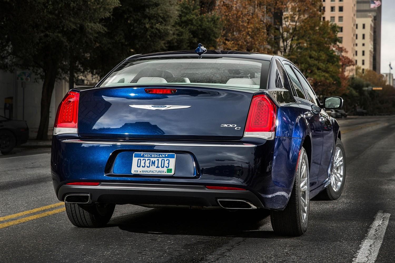 2017 Chrysler 300 C Sedan Exterior