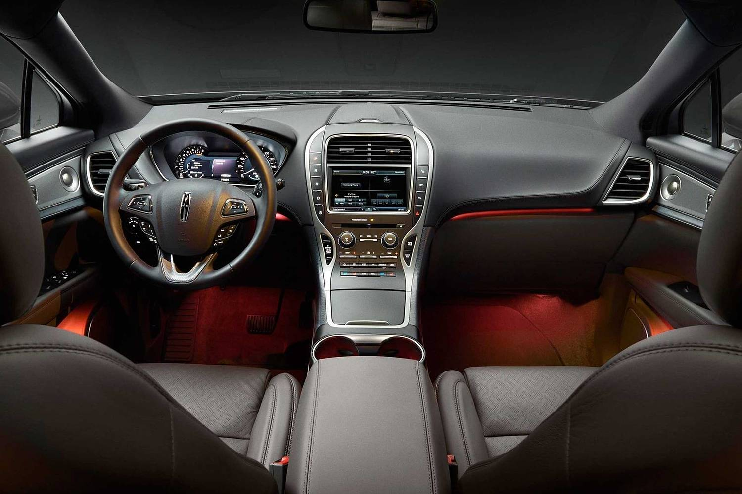 Lincoln MKX Black Label 4dr SUV Dashboard. Muse Theme Shown. (2017 model year shown)