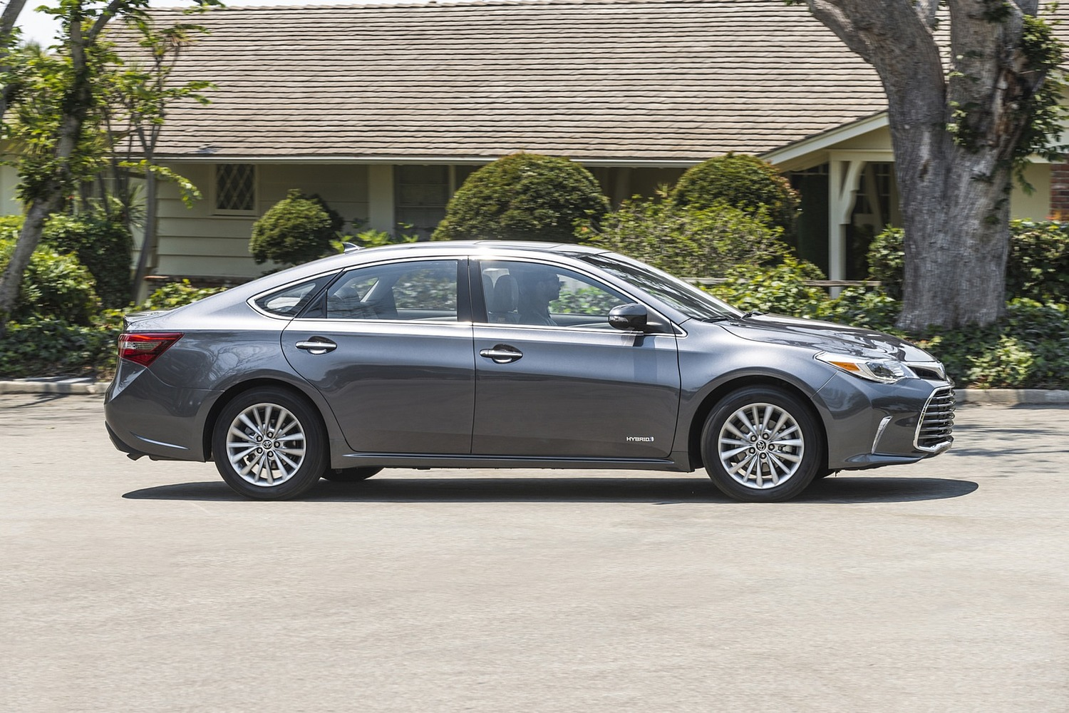 Toyota Avalon Hybrid Sedan Exterior Shown (2017 model year shown)