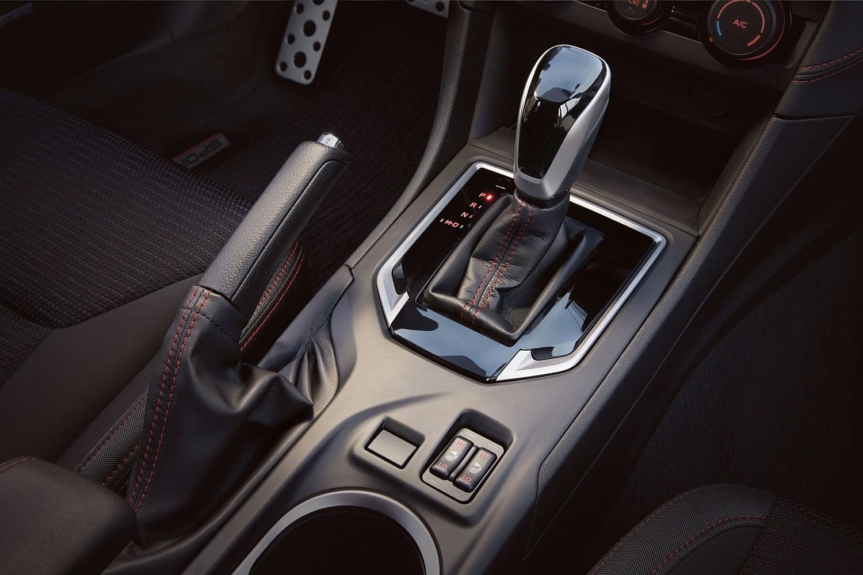 Subaru Impreza 2.0i Sport Sedan Shifter (2017 model year shown)