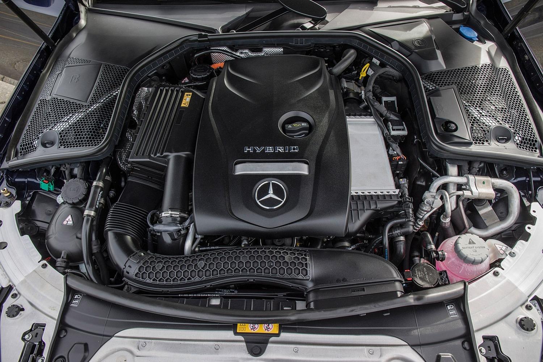 Mercedes-Benz C-Class C 350e Sedan Engine (2016 model year shown)