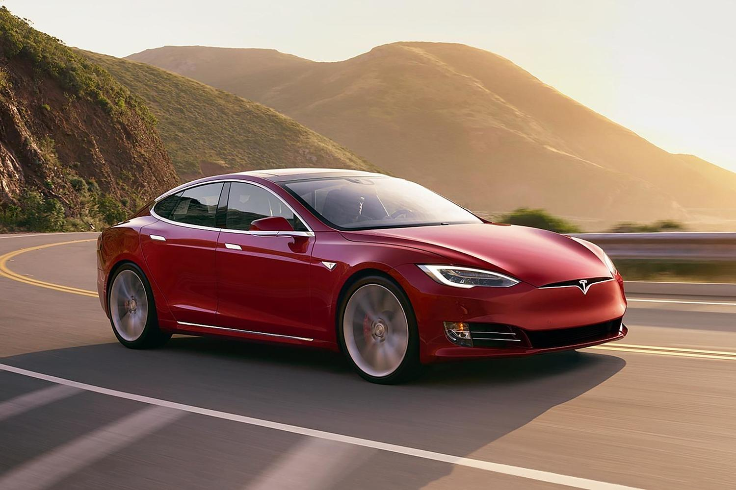 2017 Tesla Model S P100D Sedan Exterior Shown