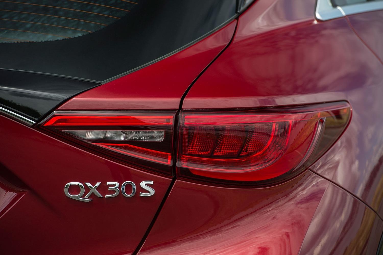 2017 Infiniti QX30 Sport 4dr SUV Rear Badge