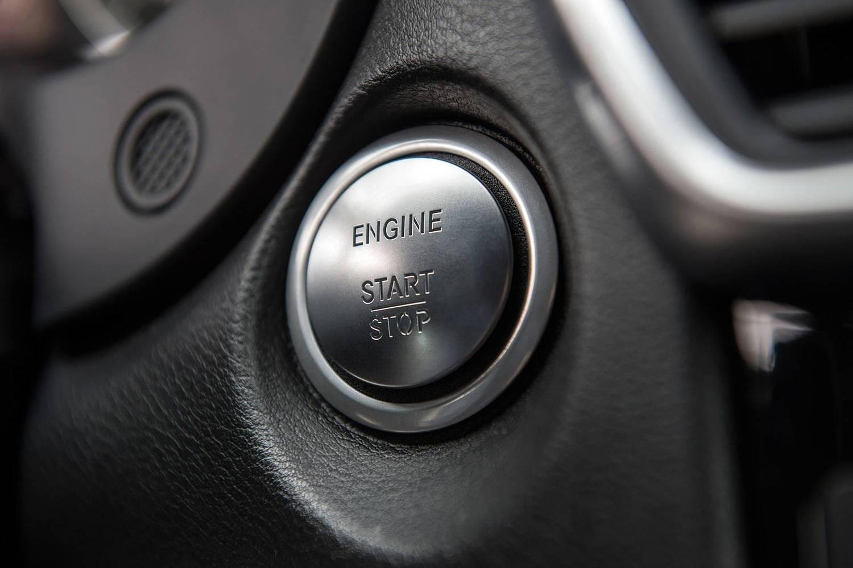 2017 Infiniti QX30 Sport 4dr SUV Interior Detail