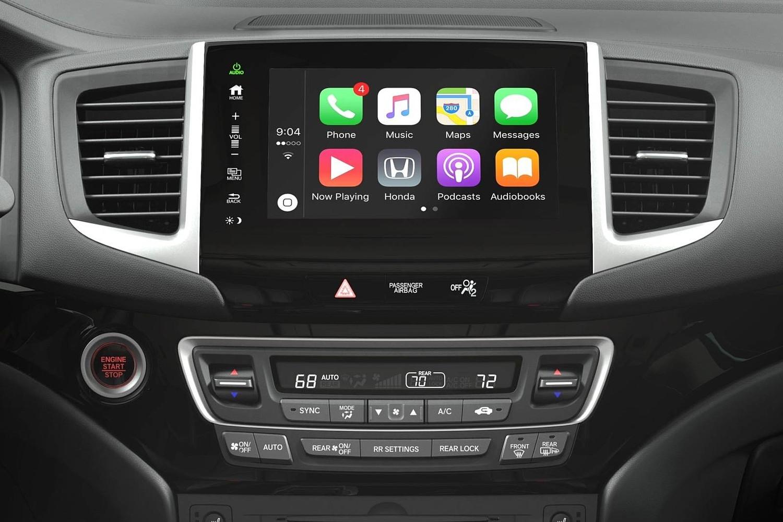 2017 Honda Pilot Elite w/Navigation and Rear Entertainment System 4dr SUV Center Console