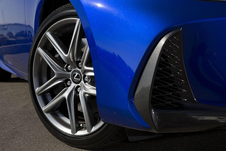 Lexus IS 350 Sedan Wheel. F SPORT Package Shown. (2017 model year shown)