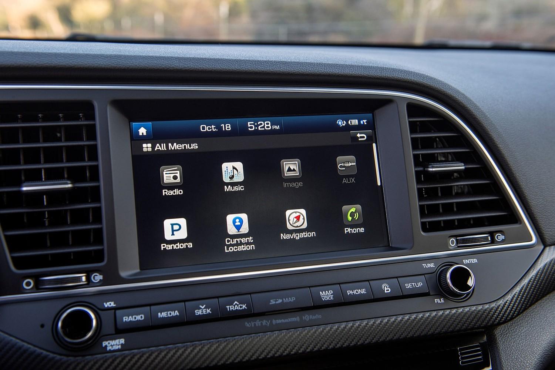 2017 Hyundai Elantra Sport Sedan Center Console