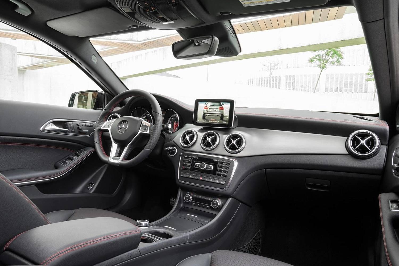 2017 Mercedes-Benz GLA-Class GLA250 4MATIC 4dr SUV Interior