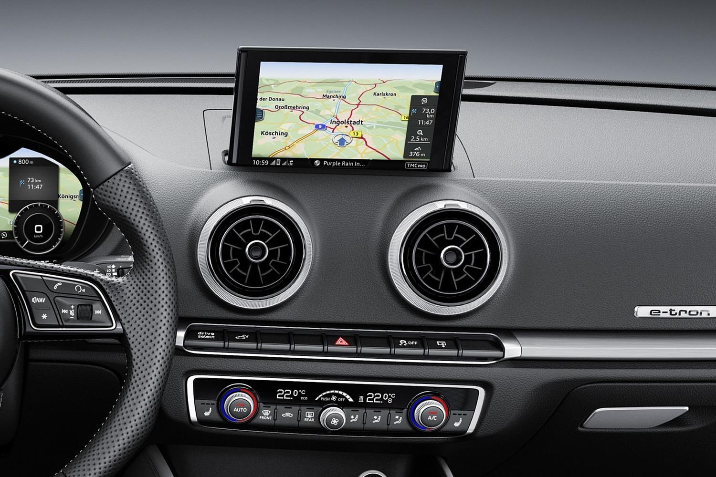 Audi A3 Sportback e-tron 1.4 TFSI PHEV Prestige 4dr Hatchback Center Console (2018 model year shown)