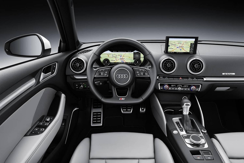 Audi A3 Sportback e-tron 1.4 TFSI PHEV Prestige 4dr Hatchback Dashboard (2018 model year shown)