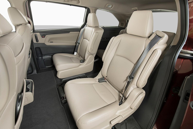 2018 Honda Odyssey Elite Passenger Minivan Rear Interior Shown