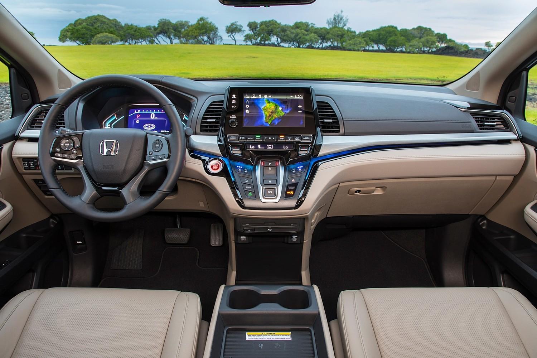 2018 Honda Odyssey Elite Passenger Minivan Dashboard