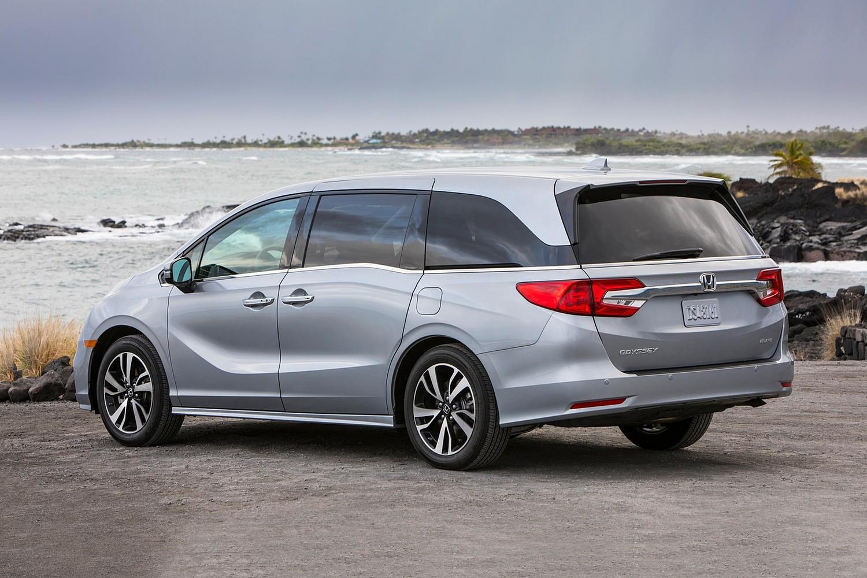 2018 Honda Odyssey Elite Passenger Minivan Exterior